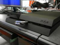 PS 4 и флешка